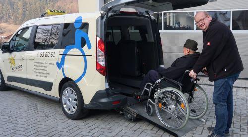 Taxi Eichstätt, Taxibetriebe Schwarz, Leistungen, Rollstuhlbeförderung